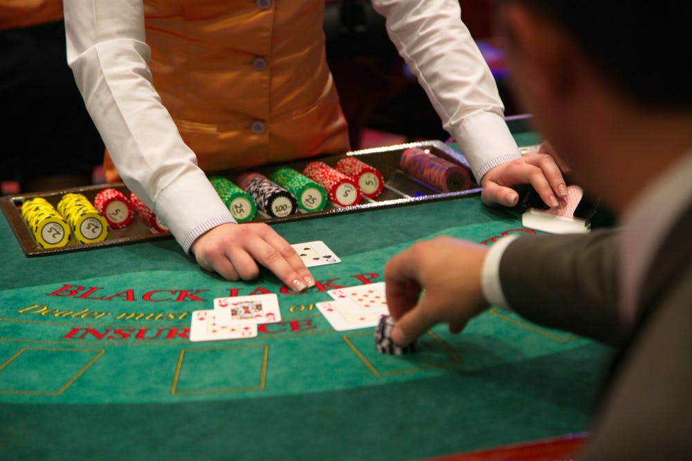 What Each Gambling Tips Have To Be Taught About Fb